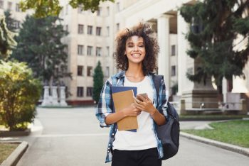 7 Easy Ways For Students To Make Money