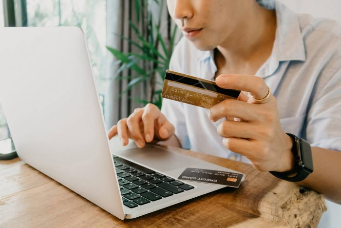 payment credit card for international students