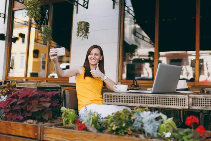 student in restaurant